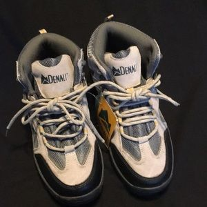 Shoes - Denali Hiking Boots - unused -size 9